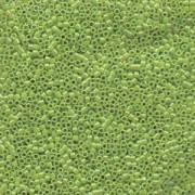 Miyuki Delica Perlen 1,6mm DB1247 transparent rainbow Olive ca 5gr