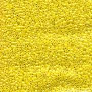 Miyuki Delica Perlen 1,6mm DB0160 opaque rainbow Yellow 5gr