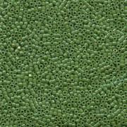 Miyuki Delica Perlen 2,2mm DBM0163 opaque rainbow Green 7,2 Gr.