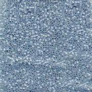 Miyuki Delica Perlen 1,6mm DB1761 Sky Blue lined Opal ca 5 gr