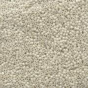 Miyuki Delica Perlen 1,3mm DBS0211 opaque luster Alabaster 5gr