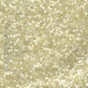 Miyuki Delica Perlen 1,6mm DB0673 light Cream Silk Satin 5gr