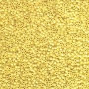 Miyuki Delica Perlen 1,6mm DB1132 opaque Canary 5gr