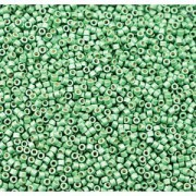 Miyuki Delica Perlen 1,6mm DB1844F Duracoat frosted galvanized Dark Mint Green ca 7,2 Gr.
