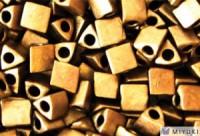 Miyuki Perlen Sharp Triangle Beads 5mm 2006 metallic matt Dark Bronze 12 Gr.