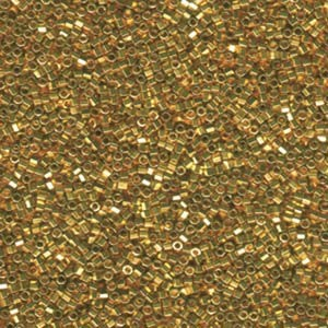 Miyuki Delica Perlen 1,3mm Hexcut DBSC0031 metallic 24 Karat Gold plated ca 5gr