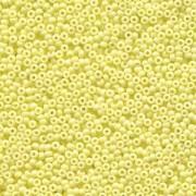 Miyuki Rocailles Perlen 2mm 4451 Duracoat opaque dyed Pale Yellow ca 12gr