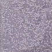 Miyuki Delica Perlen 1,6mm DB0080 transparent rainbow Light Greyish Lavender 5gr