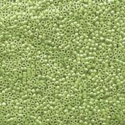Miyuki Delica Perlen 1,6mm DB1566 opaque luster Avocado ca 5gr