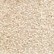 Miyuki Delica Perlen 1,6mm DB1131 opaque light Butter Rum 5gr