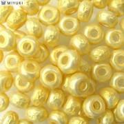 Miyuki Rocailles Baroque Perlen 4mm 3952 Cream ca 6,8gr