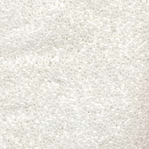 Miyuki Delica Perlen 1,6mm DB0851 Matt Crystal AB 5gr