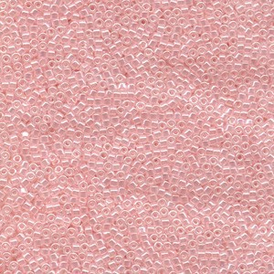 Miyuki Delica Perlen 2,2mm DBM0234 opaque luster Pale Salmon 7,2 Gr.